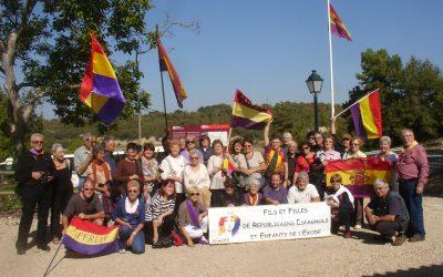 Visita de l'associació de fils et filles de républicains espagnols et enfants de l'exode (FFREEE) d'argelès sur-mer al memorial de l'exèrcit popular de Pujalt